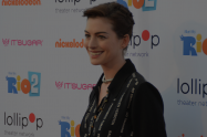 Anne Hathaway Shares Post-Pregnancy Body Positive Message | Libero Magazine 1
